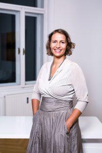 Mag. Sylvia Offenhuber, Psychotherapie  & Coaching Wien, Foto: Ursula Röck